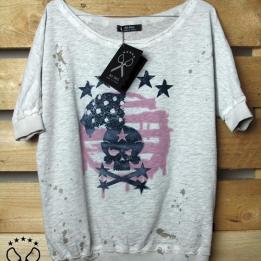 An kei OffWhite America T-shirt