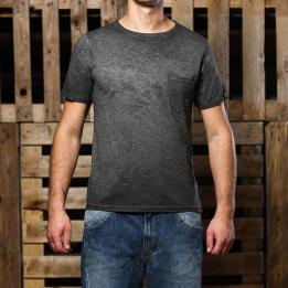 An kei Black Spike T-shirt